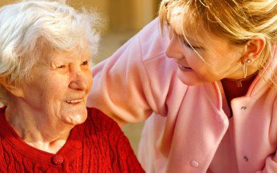 Ayuda a domicilio: en qué consiste y cuáles son sus funciones