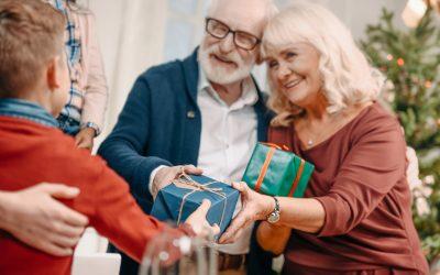 Cuidar personas mayores: ideas para regalos en navidad