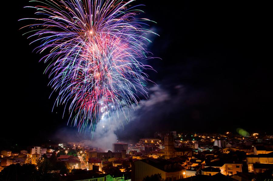 Cuidado de personas mayores: celebra la verbena de San Juan