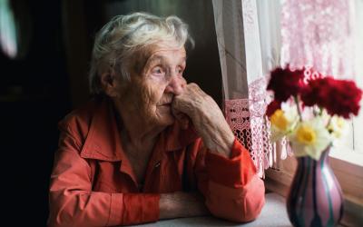 La soledad y la tercera edad: asistencia a domicilio de calidad