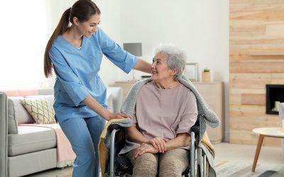 Cuidados a personas dependientes: la importancia de la gestión del tiempo y la organización