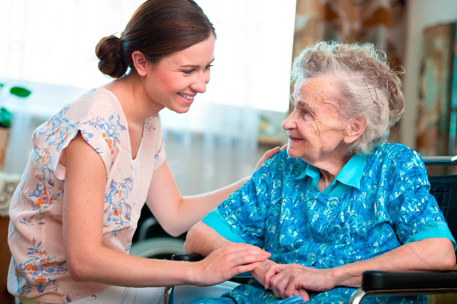 perfil del cuidador de ancianos