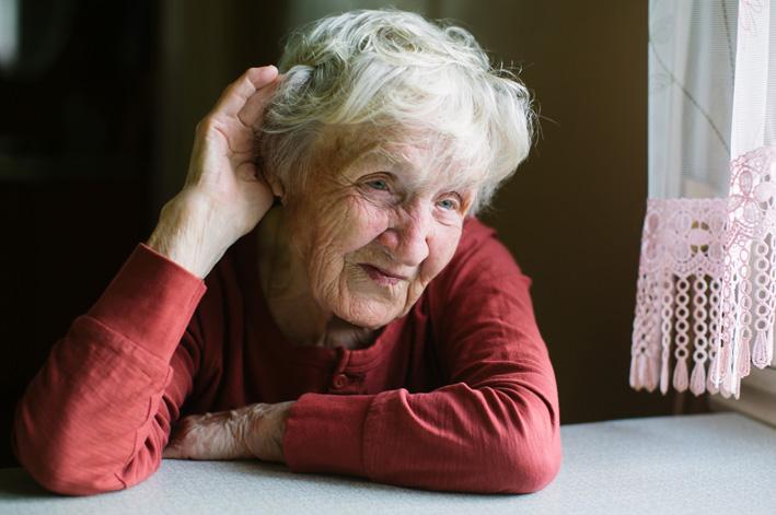 Pérdida auditiva personas mayores